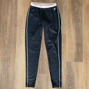 Roots Leggings / white and red band